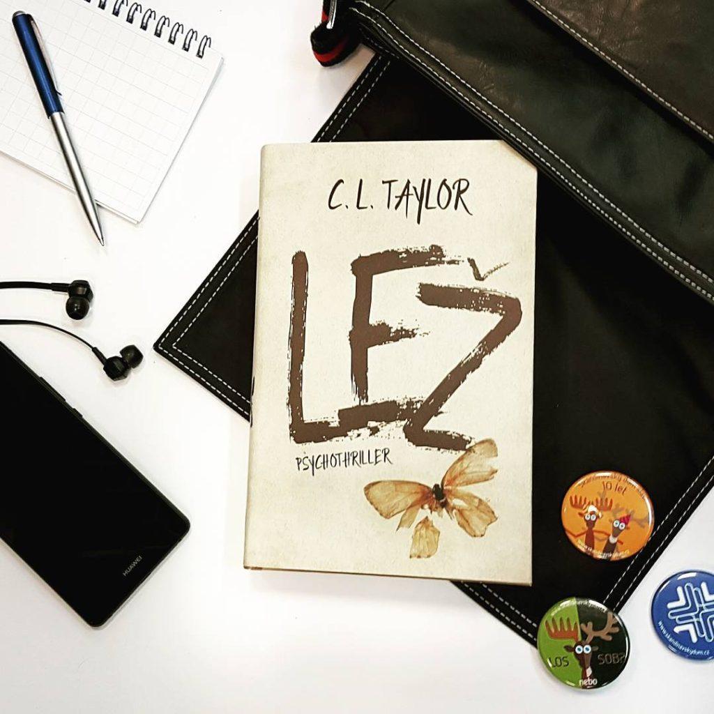 Máte rádi psychothrillery? Tak Lež by mohla být tím pravým pro vás #thelie @cltaylorauthor #cltaylor #czechedition #psycho #thriller #book #bookstagram #booktip #instabook #tipnaknihu #curentlyreading #copravectu #ukazcoctes #lez #vicecasunacteni #dominoknihy #booklover #bookworm #reading #readingtime
